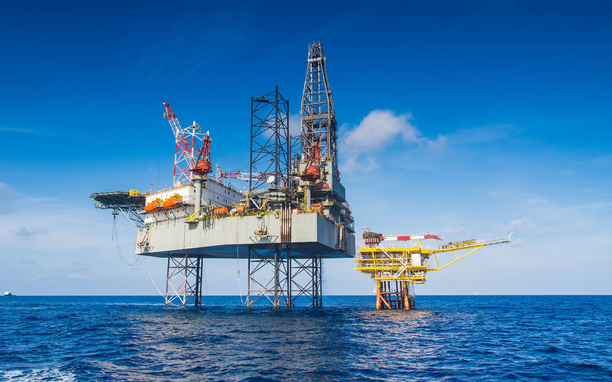 Oil giant uses assyst ITSM to transition 60K users to digital workplace from home (DWFH)